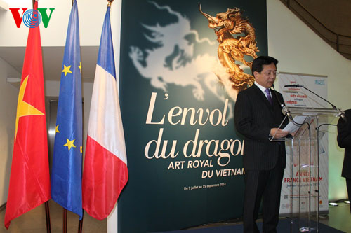 """Flying dragon-Viet Nam's royal art"" exhibition in France"
