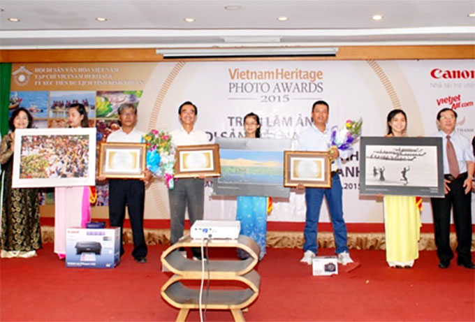 Viet Nam heritage photo exhibition opens in Binh Thuan