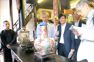 Introduce Japanese traditional pottery and sculpture in Viet Nam