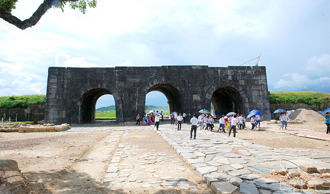 US funds 92,500 USD for Ho Dynasty Citadel conservation