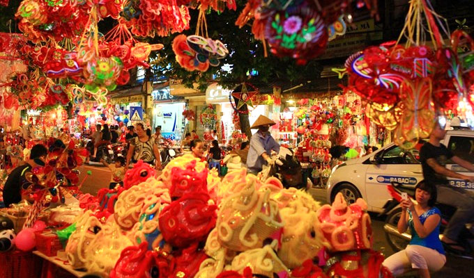 Mid-Autumn festival to begin in Ha Noi's Old Quarter