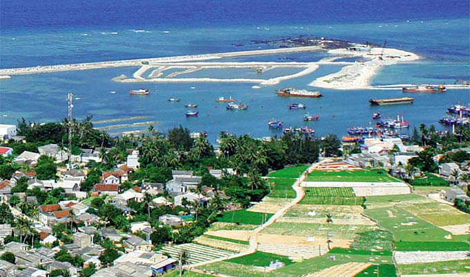 Quang Ngai recognizes Ly Son island district as provincial tourist area