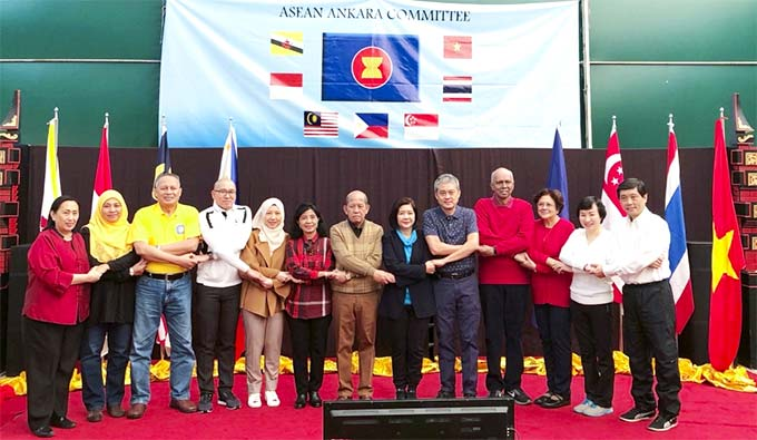 Viet Nam's culture promoted at ASEAN Family Day