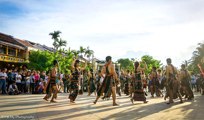 Quang Nam hosts third Central Ethnic Culture Festival