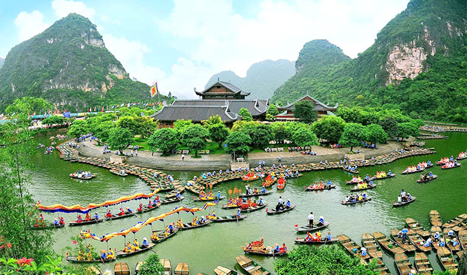 Ninh Binh welcomes more than 5.2 million visitors in first half of 2018