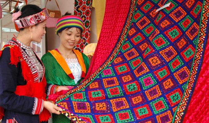 Festival to honour Viet Nam's brocade culture