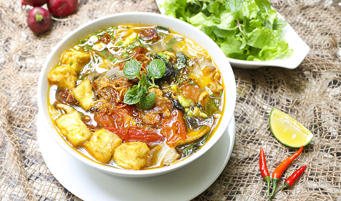 Snail noodle soup: A dish brings the breath of Ha Noi