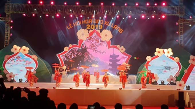 Peach blossom festival kicks off in Lang Son