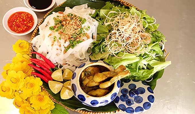 Mỳ Quảng ếch Hương Quê