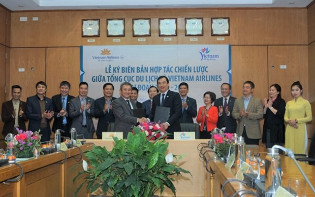 Vietnam Airlines commits to promote tourism