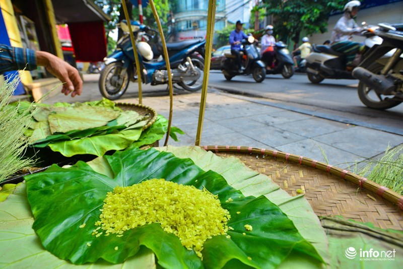 Dishes made from green rice – Hanoi's flavor of autumn