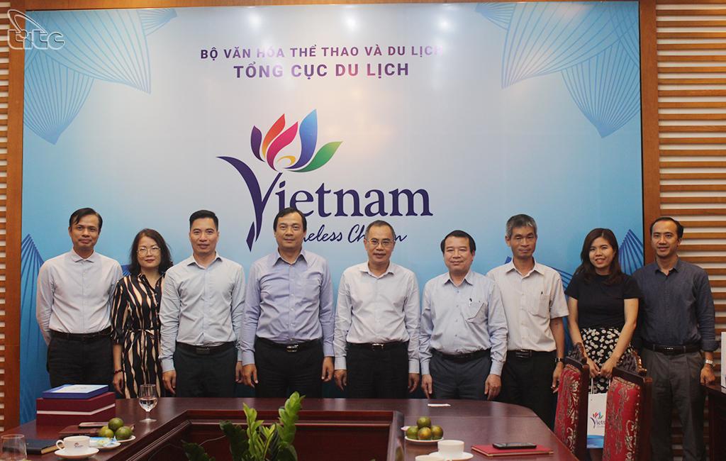 Tổng cục trưởng Nguyễn Trùng Khánh đề nghị Đại sứ Phan Chí Thành hỗ trợ đẩy mạnh quảng bá hình ảnh du lịch Việt Nam tại Thái Lan