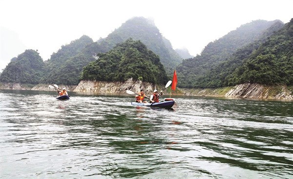 Exploring inland Ha Long Bay in Tuyen Quang