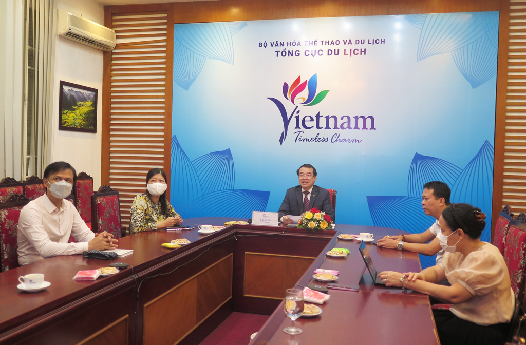 Vietnam and Colombia enhance cooperation in developing and promoting coffee-based tourism
