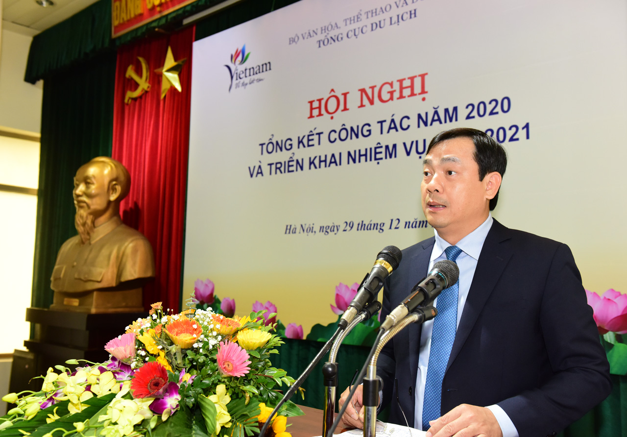 Vietnam National Administration of Tourism organized the conference to review performance in 2020 and implement tasks in 2021