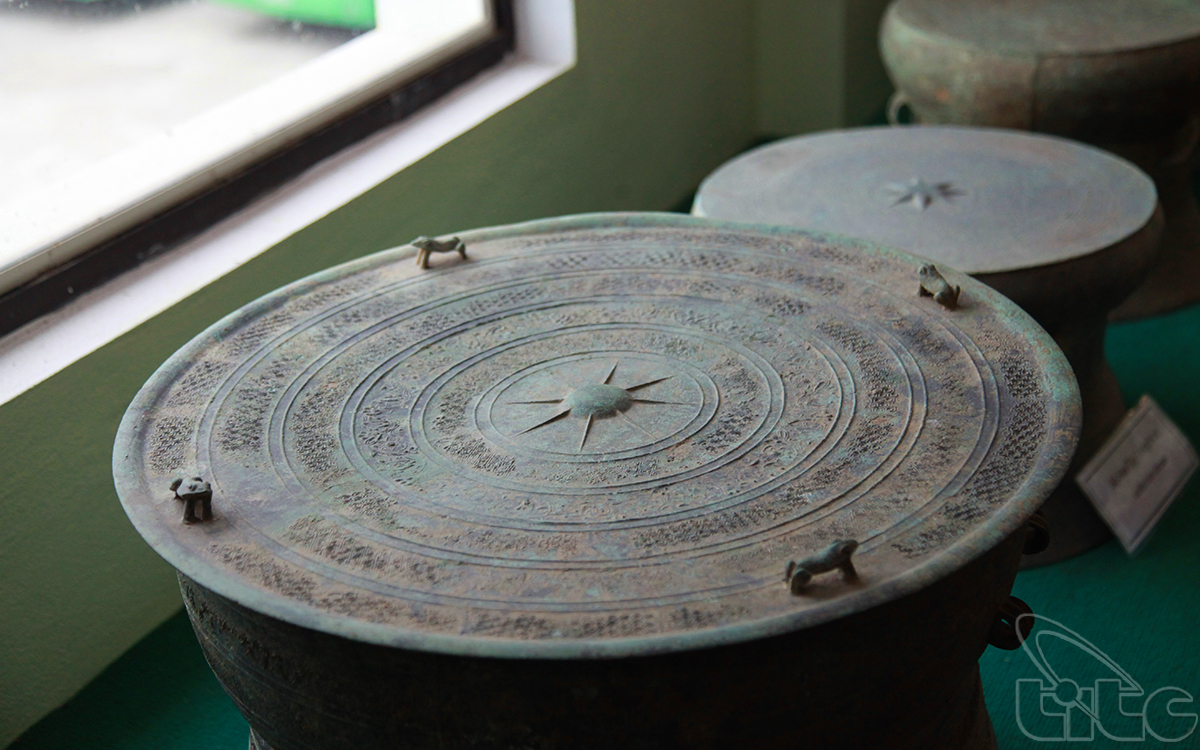 Dong Son bronze drum dated 2,500 years ago with many fine decorative patterns